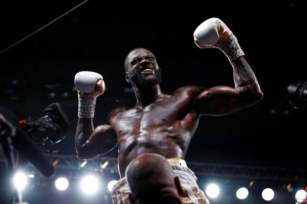 Wilder barazon rekordin e Muhammed Alisë