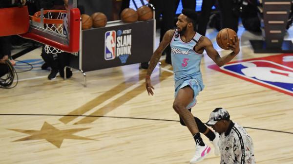 Derrick Jones JR fiton Slam Dunkin