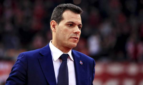 Trajneri Itoudis del pozitiv në COVID-19