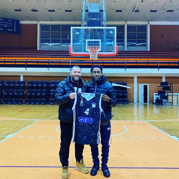 Myles shkëlqeu në debutim për Prizrenin