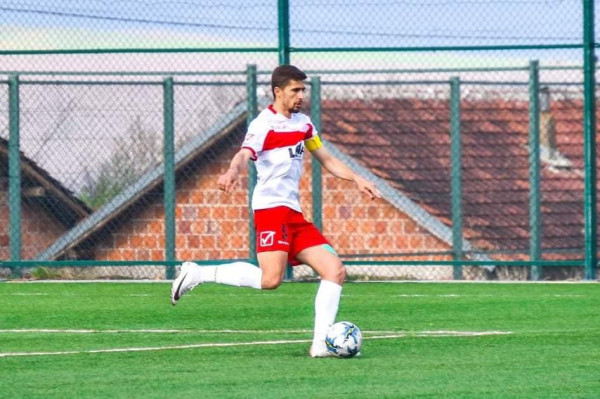 Ekipi debutues në Superligë, vazhdon me kapitenin