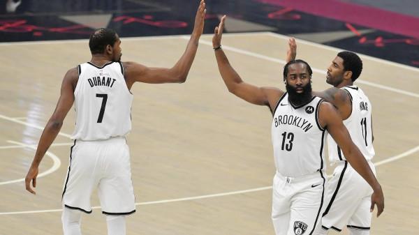 Brooklyn pëson edhe me 3 super-yjet