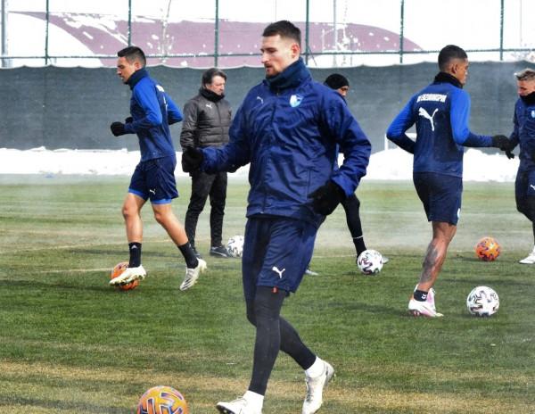 Rikthehet Rashani, debuton për Erzurumsporin