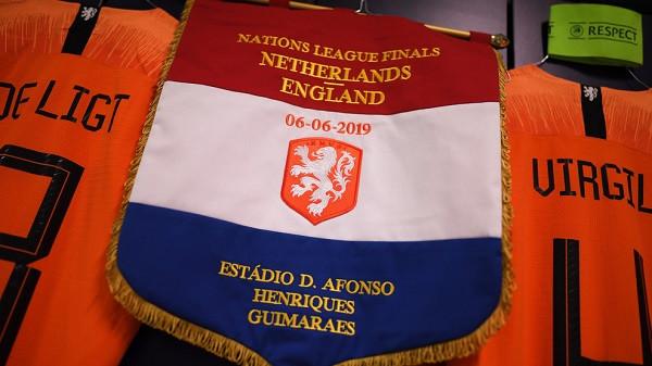 Holanda - Anglia, 11-shet startuese