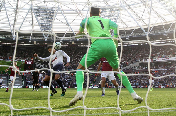 Tottenham fiton derbin e Londrës