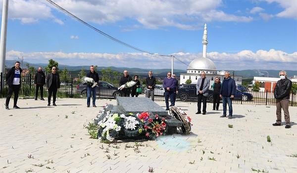 FFK me homazhe te varri i Vokrrit
