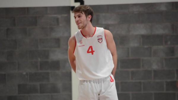 Basketbollisti i talentuar i bashkohet Kosovës U20