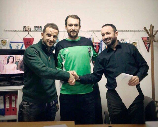 Feronikeli nënshkruan me Malokun