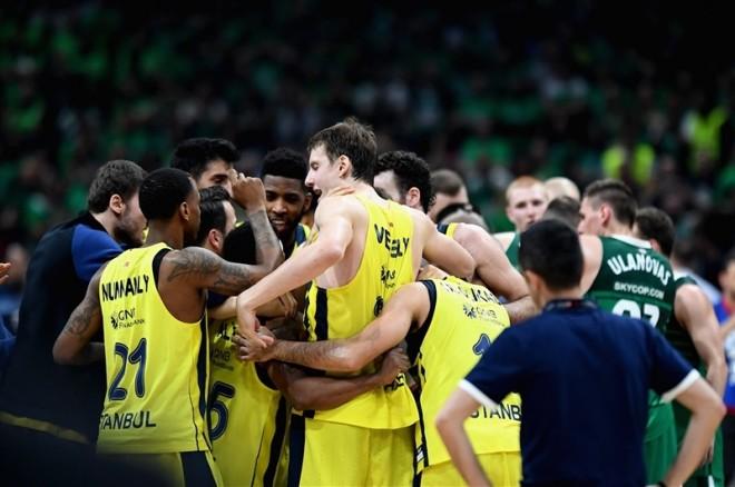 Aterroi në Beograd Ali Muhammedi, e dërgoi Fenerin në finalen e tretë rresht të Euroligës
