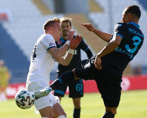 Hadërgjonaj zverdhet përballë Trabzonsporit