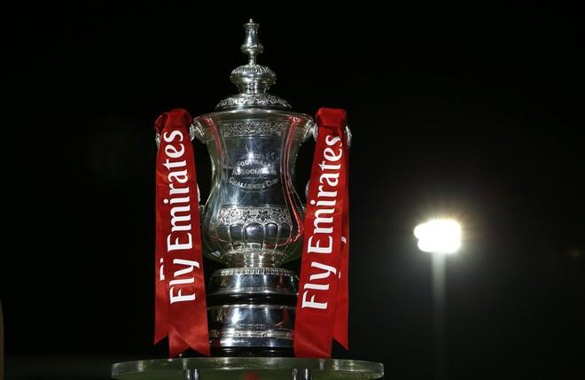 Arsenal, Chelsea, Man Utd mësojnë rivalët e raundit IV