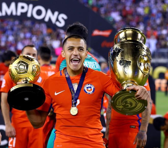 Topi i Artë për Alexis Sanchezin