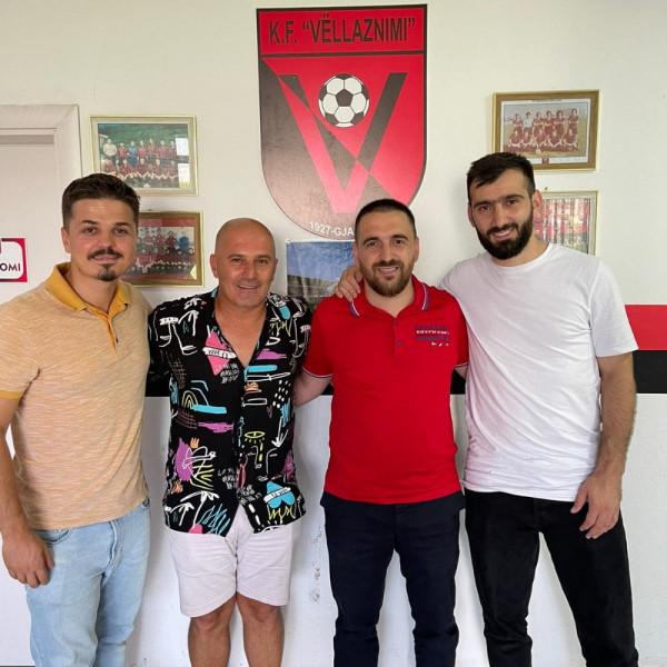 Vëllaznimi zyrtarizon trajnerin e ri