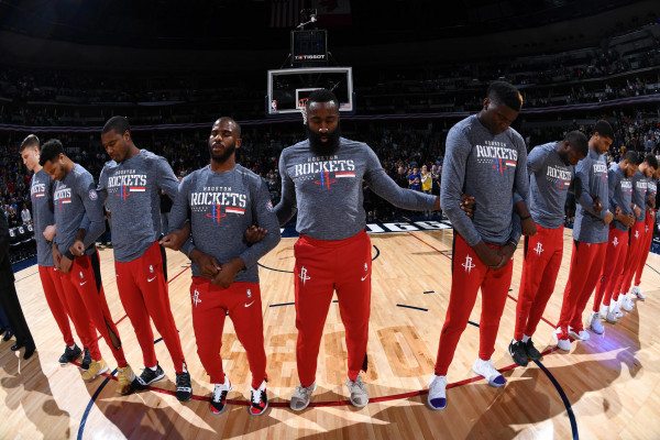 Houstoni pa Carmelon më mirë!