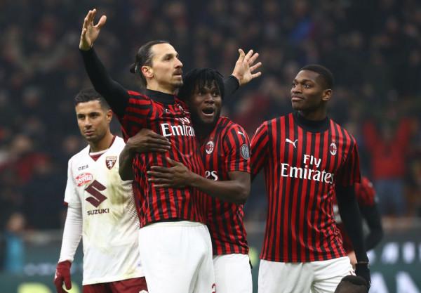 Një Milan që s'dorëzohet, me përmbysje arrin gjysmëfinalen!