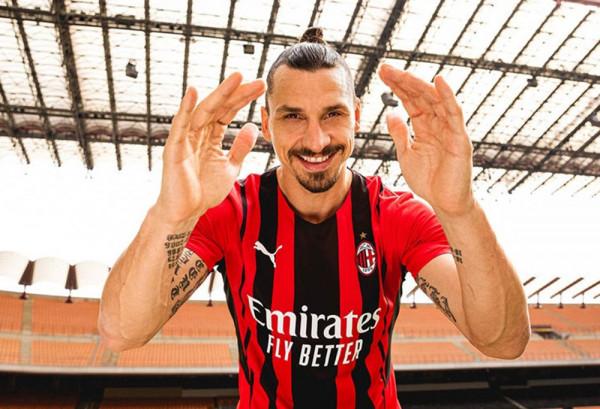 Milani prezenton fanellat për stinorin 2021/22
