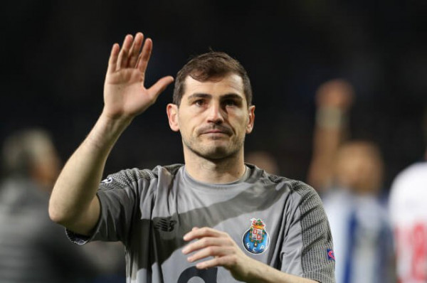 Iker Casillas pensionohet nga futbolli