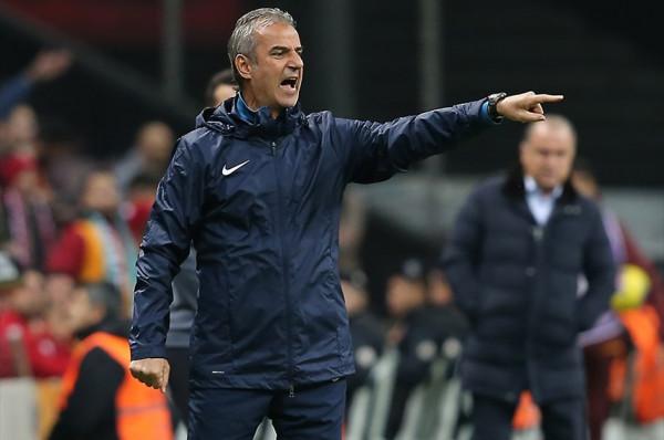 Elbasan Rashani me trajner të ri