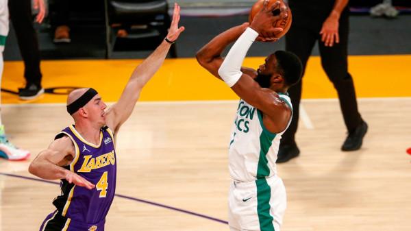 Boston fiton derbin ndaj Lakers
