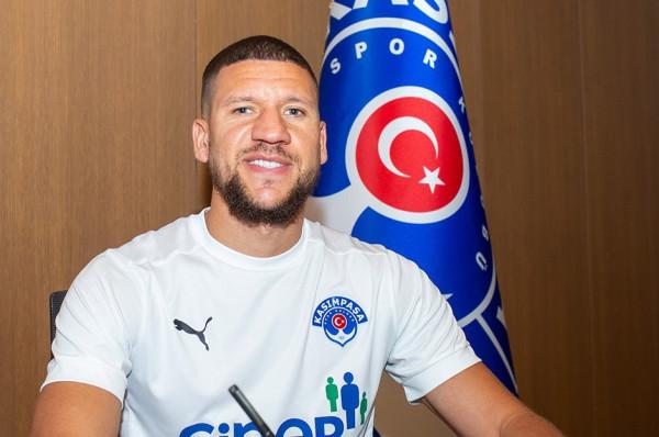 Ish-lojtari i Chelseat bëhet bashkëlojtari i Hadërgjonaj