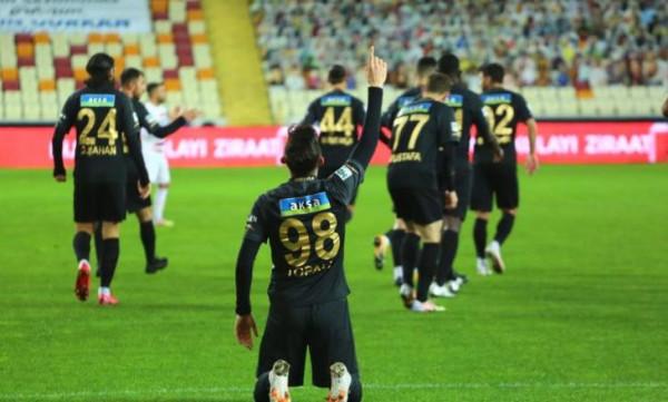 Topalli në bankë, 11-shet Malatyaspor - Trabzonspor
