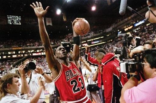 Michael Jordan (3) Ai s'ishte vetëm basketbolli, ai ishte sporti