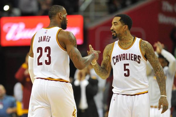 Zyrtare: JR Smith e LeBron James bashkohen sërish
