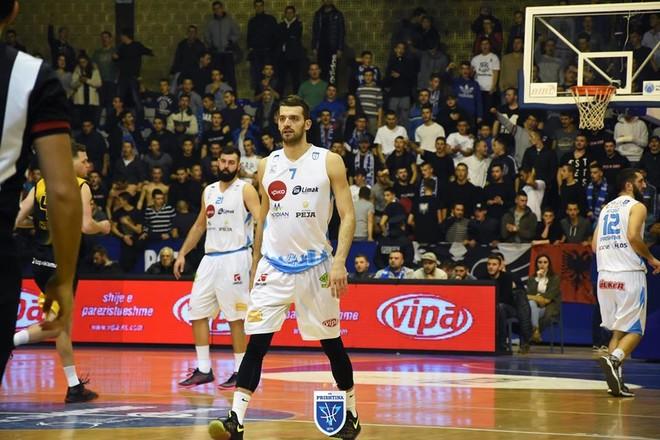 Prishtina mposhtet pas vazhdimeve nga Beroe