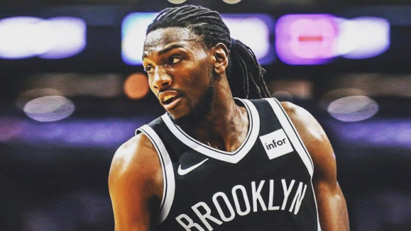 Houston përforcohet me Faried