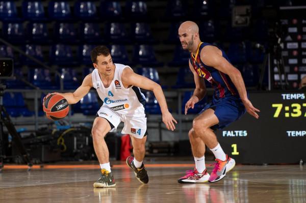 Barcelona kësaj radhe s'lejon befasi, kualifikohet në Final 4