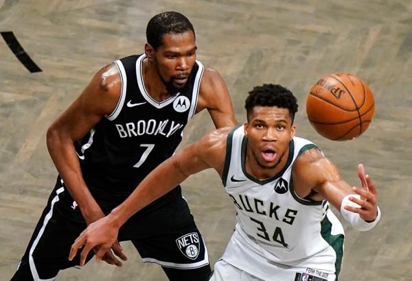 Bucks fiton dramën pas vazhdimeve, arrinë finalen e Lindjes