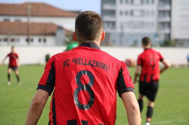 Ndërpritet ndeshja Flamurtari - Vëllaznimi