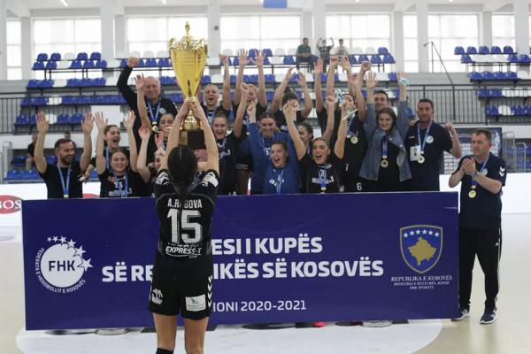 Istogu fiton Kupën e Kosovës në hendboll