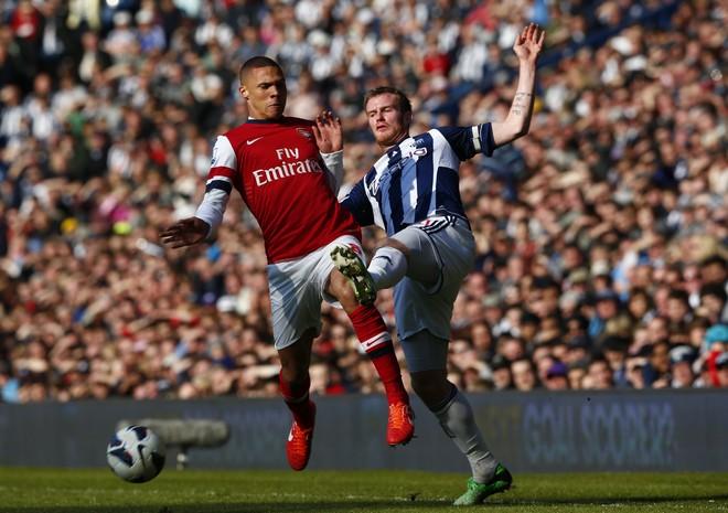 Gibbs ndërron ambient në Premier Ligë