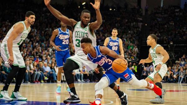 Kings ndërpreu serinë prej 10 fitoreve të Bostonit