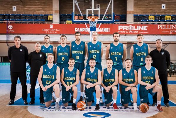 Përfundon pjesa e parë në ndeshjen Rumania - Kosova