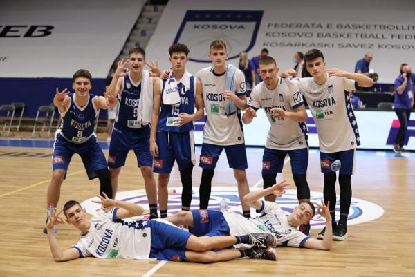 Vazhdon dominimi i Kosovës U16, asnjë pikë s'pësuan në çerekun e 4