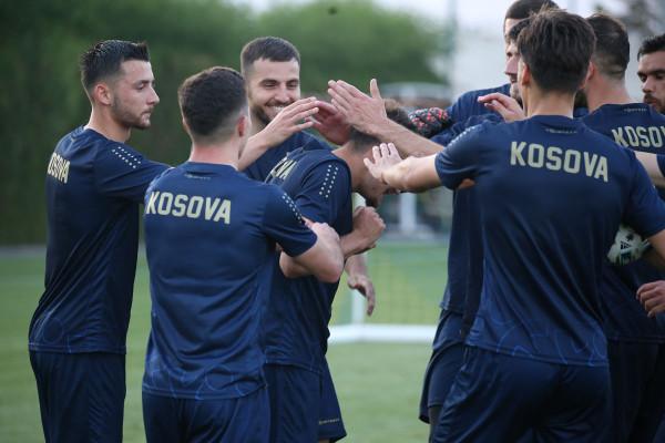 Kosova sot zhvillon miqësoren e fundit