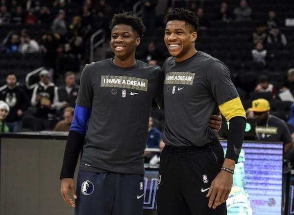 Lakers transferon Antetokounmpon