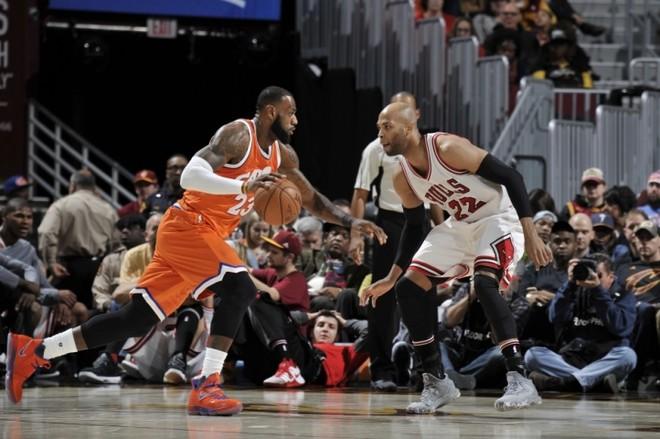 Bulls fiton në shtëpi të kampionit