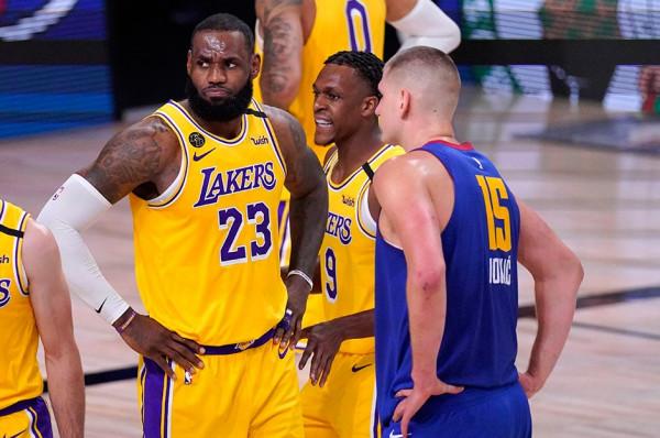 Lakers fillon me fitore të lehtë finalen