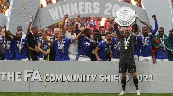 Leicester starton me Kupë, fiton Community Shield pas 50 viteve