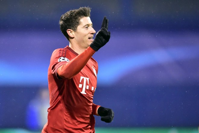 Lewandowski shpëton Bayernin