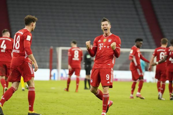 Bayern fiton klasiken, spektakël nga Lewandowski