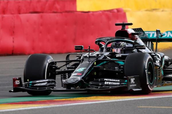 Lewis Hamilton në krye të Belgian GP