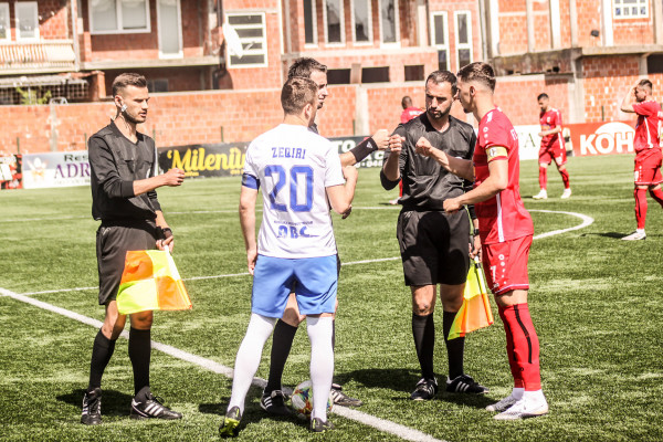 Kampionja dhe fituesi i Kupës luajnë miqësore në Gjakovë