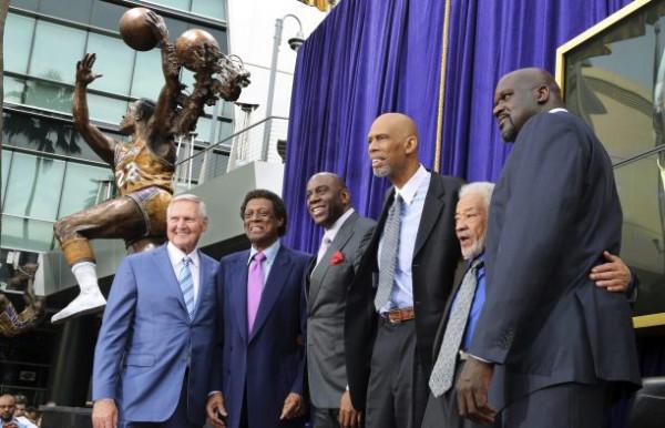 Ndërron jetë legjenda e Los Angeles Lakersit