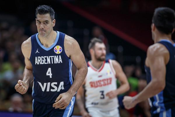 Argjentina fiton grupin duke mposhtur Rusinë