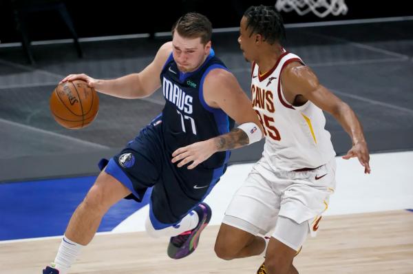 Dallas Mavericks vazhdon formën e mirë, mposht Cleveland Cavaliers