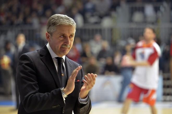 Prishtina i ofron Calvanit kontratë 2 vjeçare